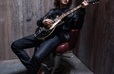 Francesco Yates: Putting guitar in current pop