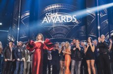 Host Shania Twain wins four Canadian Country Music Awards