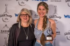 Amélie Hall wins SOCAN song award at Québec Gala Country