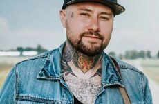 Aaron Allen: Tattoo artist turned country singer-songwriter